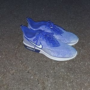Other - NIKE Air Max blue and white kicks